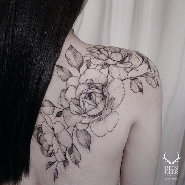 30 beautiful flower tattoo designs listing more for Rose tattoo on back shoulder
