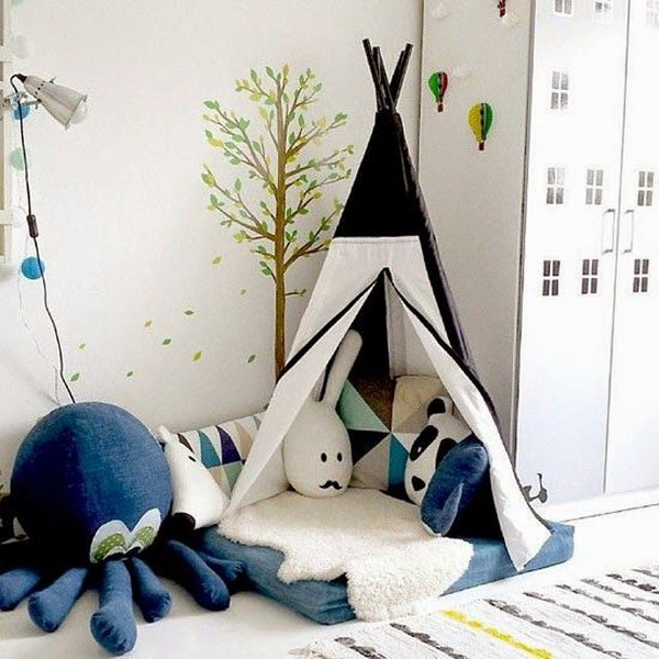 Blue and White Reading Nook.