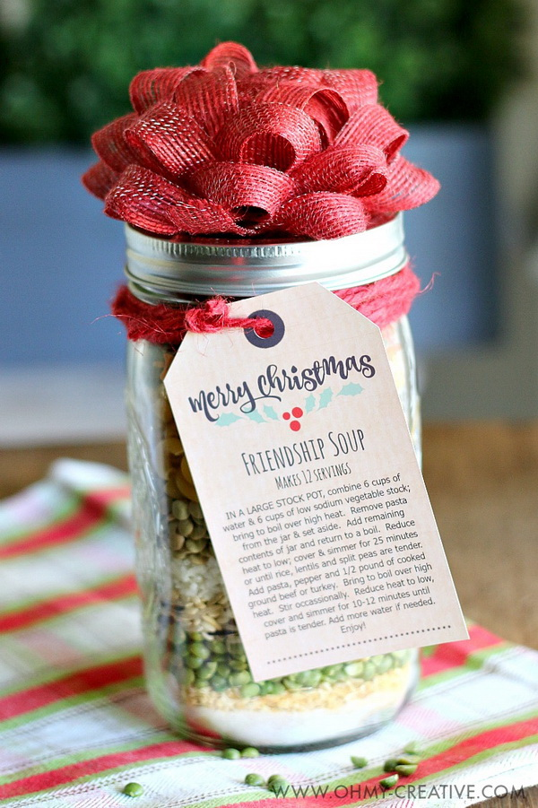 Friendship Soup In A Jar Gift. Quick and Inexpensive Christmas Gift Ideas for Neighbors