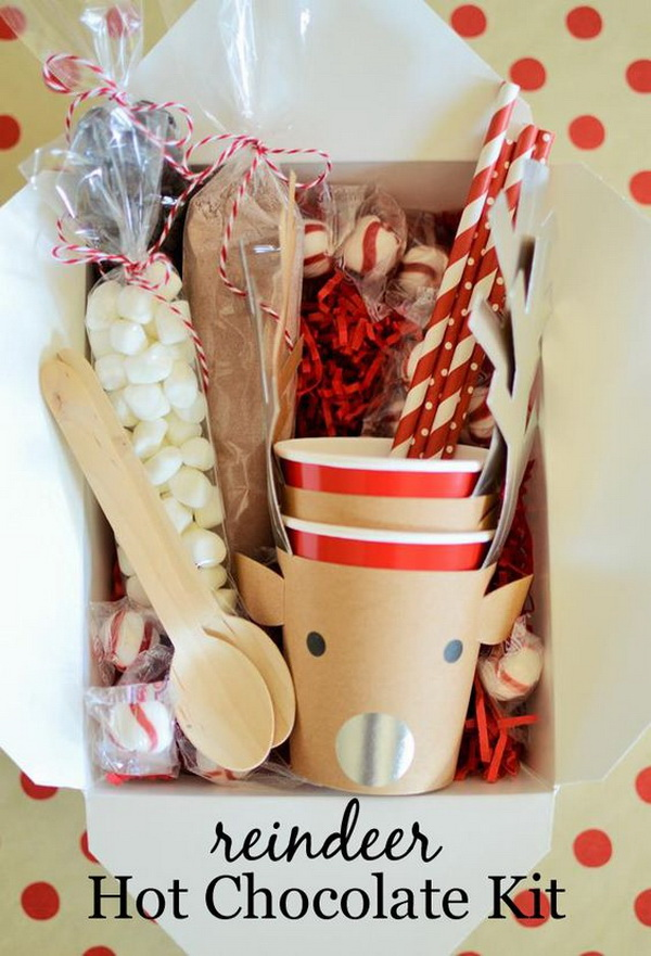 Reindeer Hot Cocoa Kit. Quick and Inexpensive Christmas Gift Ideas for Neighbors