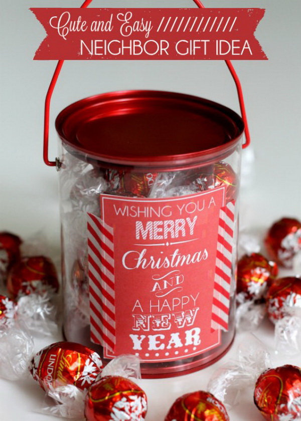 Christmas Goodies Jar. Quick and Inexpensive Christmas Gift Ideas for Neighbors