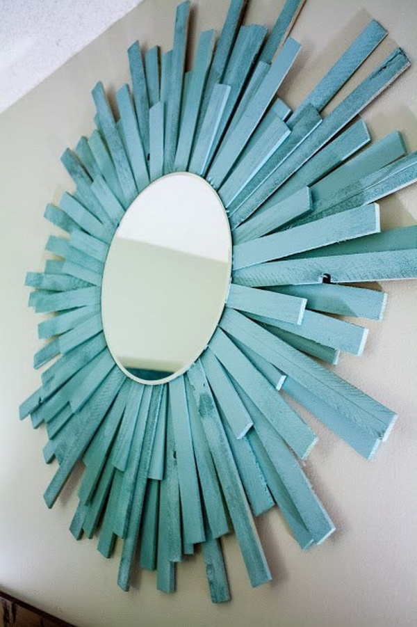 DIY Starburst Mirror. This starburst mirror looks so gorgeous and elegant for your home decoration. It turns out to be an easy, affordable, and fun DIY project that you can totally make it at home.