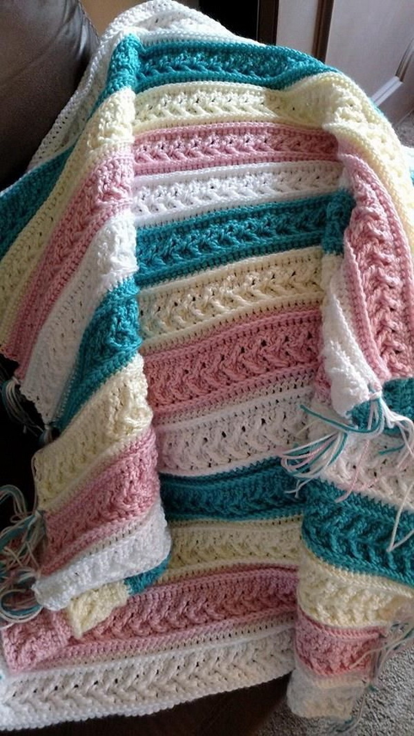Quick And Easy Crochet Blanket Patterns For Beginners: Arrow Stitch Crochet Afghan.