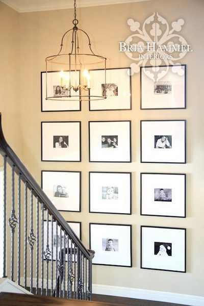 . 21  Chic Staircase Wall Decoration Ideas   Listing More