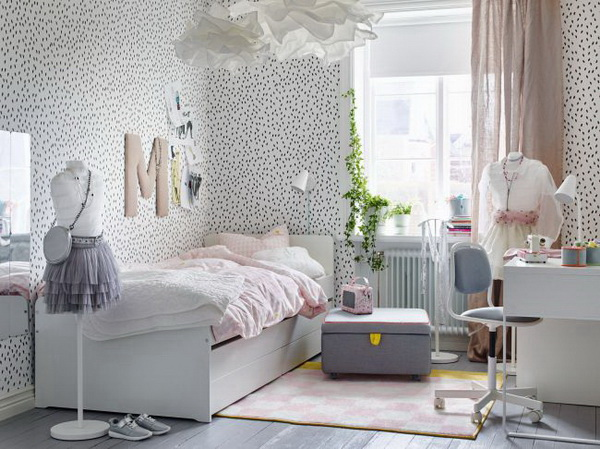 Fashion, Chic Girl's Bedroom.