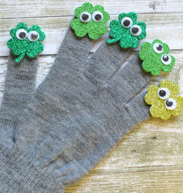 Festive Gloves.