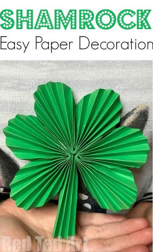 Clover-Shaped Paper Fan.