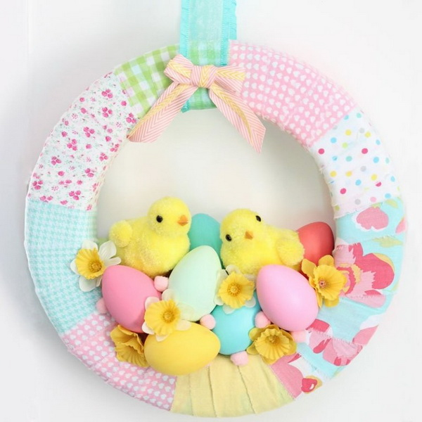 DIY Easter Wreath Ideas: Easter Chick Spring Wreath.
