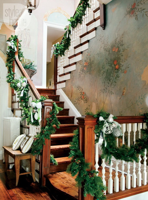 30+ Festive Decoration Ideas for Christmas Staircase.