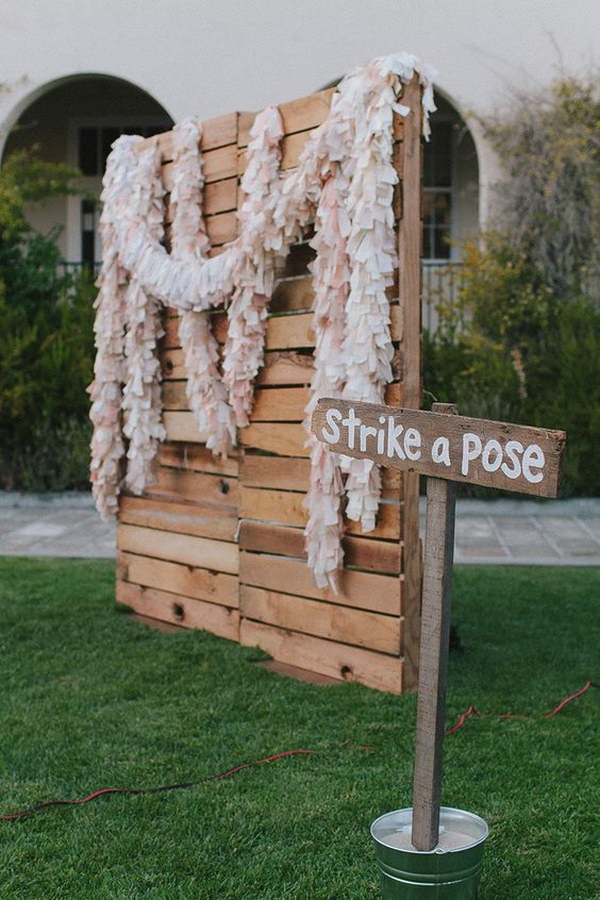 Rustic Chic Pallet Backdrop.