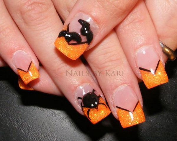 Spider Nail Design for Halloween.