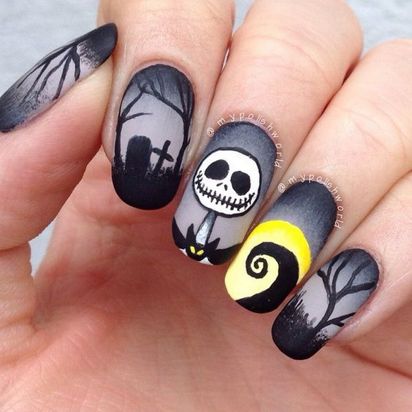 Dark Nightmare Before Halloween Nail Art.