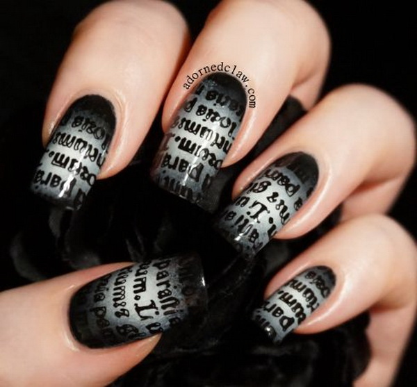 Gothic Text Gradient Nail Art for Halloween.
