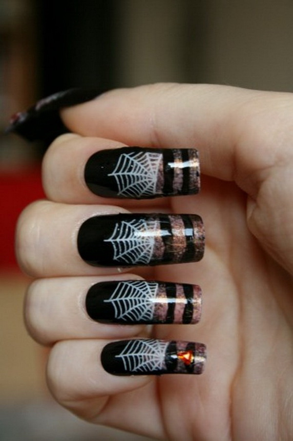 Halloween Nail Art Idea.