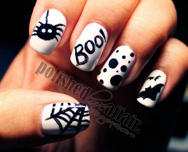 Black and White Boo Halloween Nails.