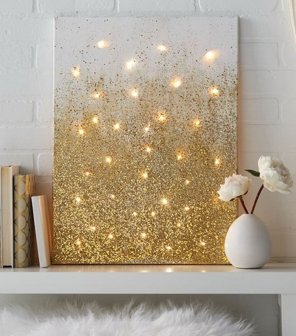 Glitter and Lights Canvas. An amazing way to add some glitter and light to the holiday with this stunning DIY canvas!