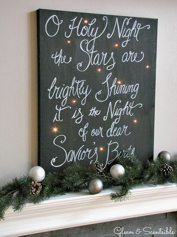 Twinkling Christmas Canvas Art. An easy DIY canvas art for Christmas matel decoration in the rustic style.
