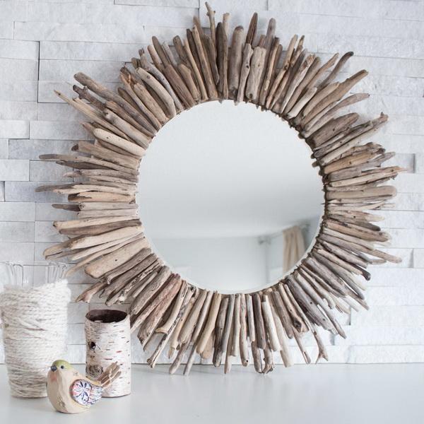 DIY Starburst Driftwood Mirror.