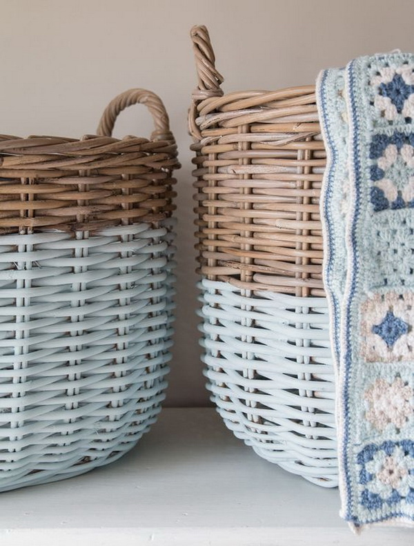 Upcycling Coastal Style Storage Baskets. Give the old vine storage basket a new fresh look and a seaside feel with some paint!