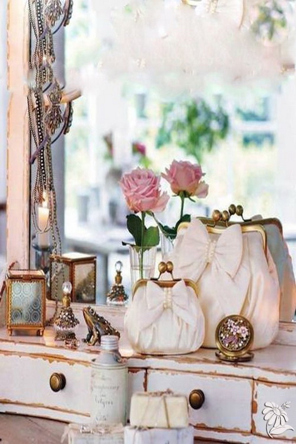 Shabby chic looking purses with bows!
