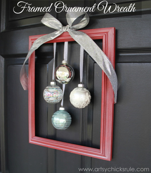 DIY Framed Ornaments Wreath For Christmas.