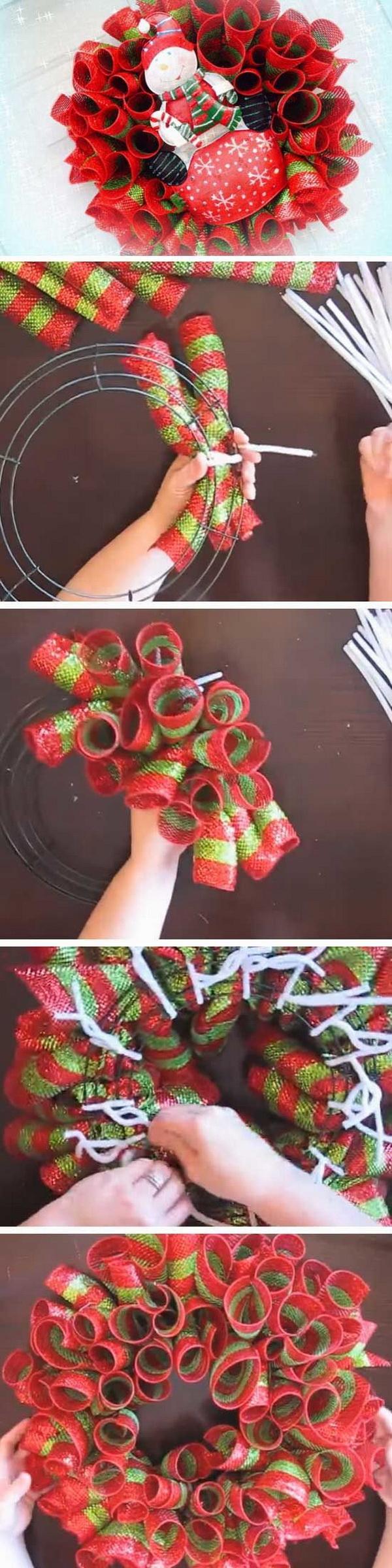 Easy Mesh Loop Christmas Wreath.