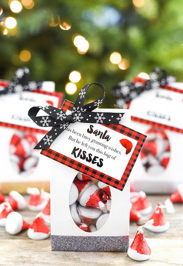 Christmas Neighbor Gift Ideas: Santa Kisses