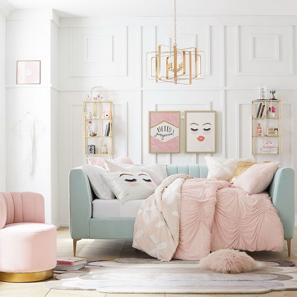 Cheerful Bedroom for Teenage Girls.