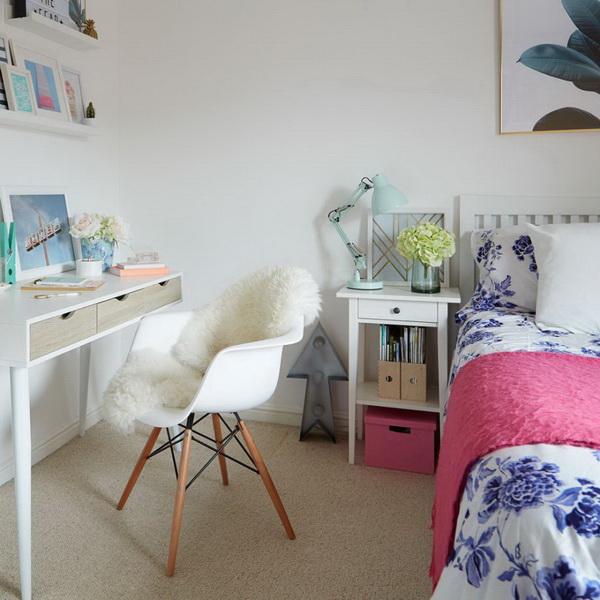 Simple But Not Boring Bedroom Design.