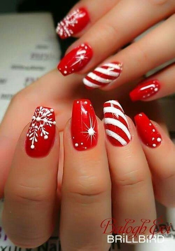 40+ Festive Christmas Nail Art Designs.
